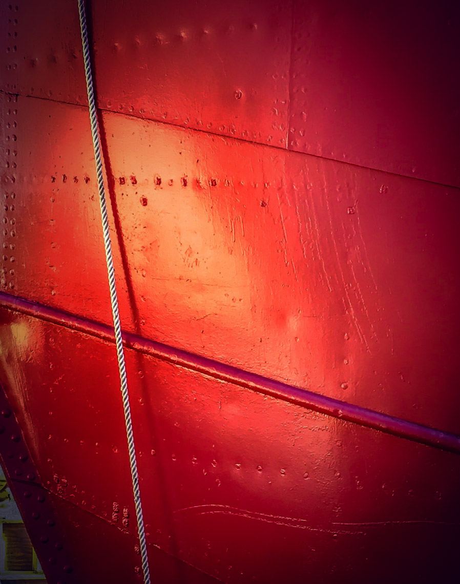 red-stern-seaport-nyc
